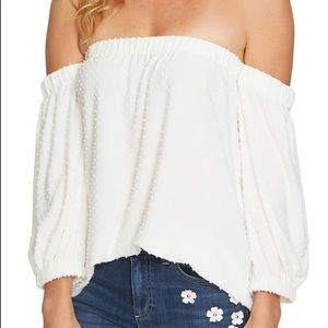 Cece Off the Shoulder top size M NWT